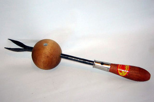 ball weeder