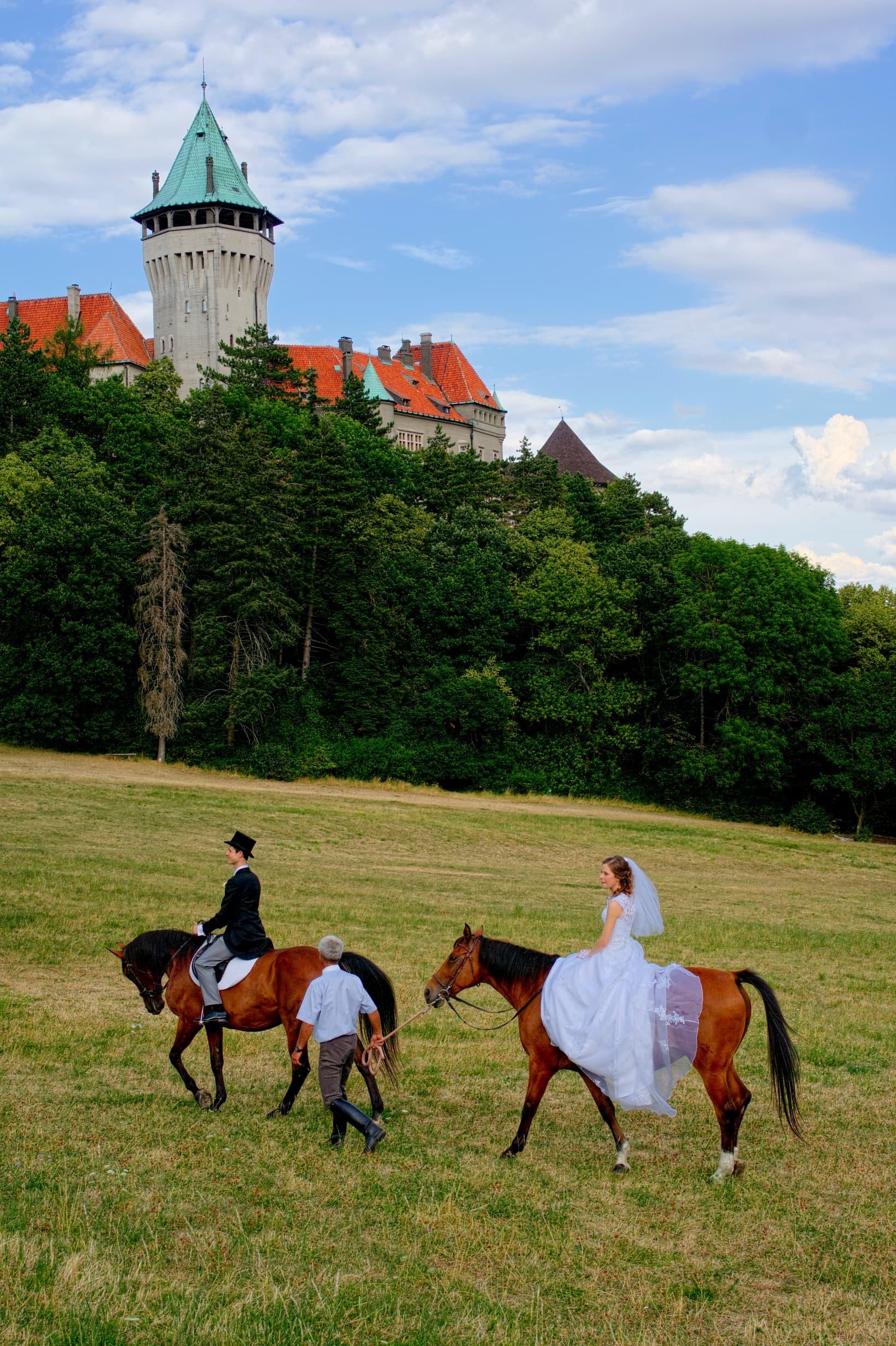 Mato-and-Ivka-before-Smolenice-castle