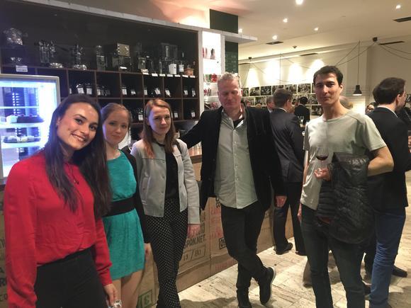 Anka, Naty, Sany, Alec, Martin & Riso behind the camera, at the reception