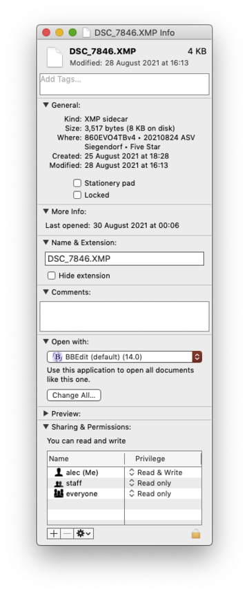 File info dialogue which shows BBEdit as the appliction to open XMP files